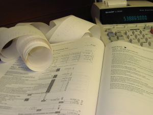 90376_accounting_calculator_tax_return.jpg