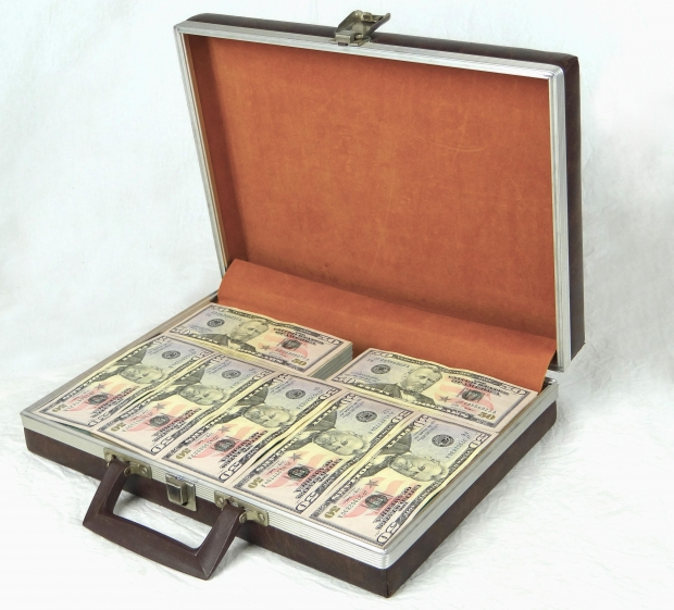 Thumbnail image for cashbriefcase.jpg