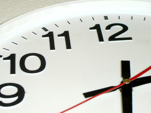 clock-1196246.jpg
