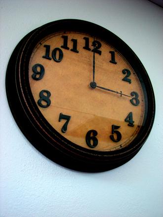 clock-1418836.jpg