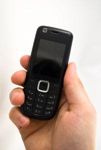 mobile-phone-2-1225931-m.jpg
