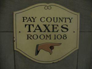 pay-taxes-441853-m.jpg