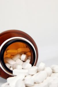 pills-out-of-bottle-1394618-m.jpg
