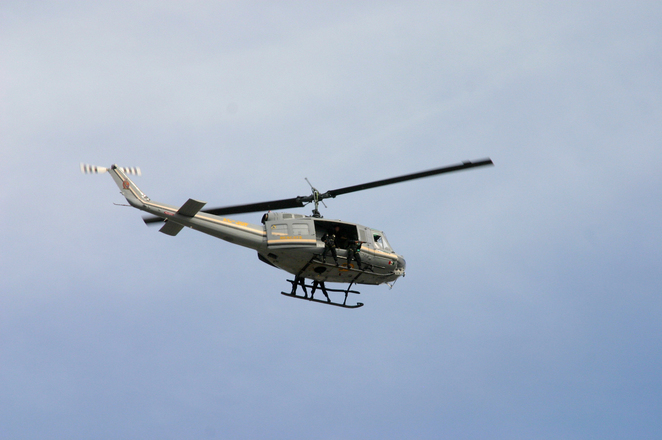 police-helicopter-1572290.jpg