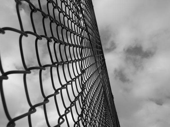 prison-or-paradise-3-1526579.jpg